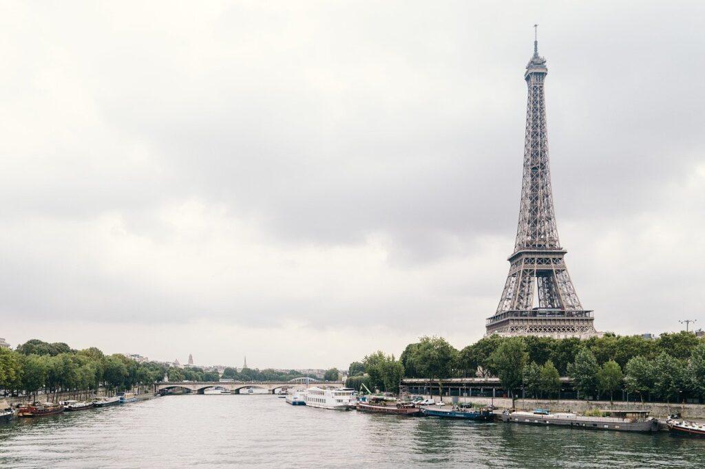 Eiffeltoren seine Parijs vakantiefoto's