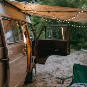 Sfeervolle inrichting camper verlichting